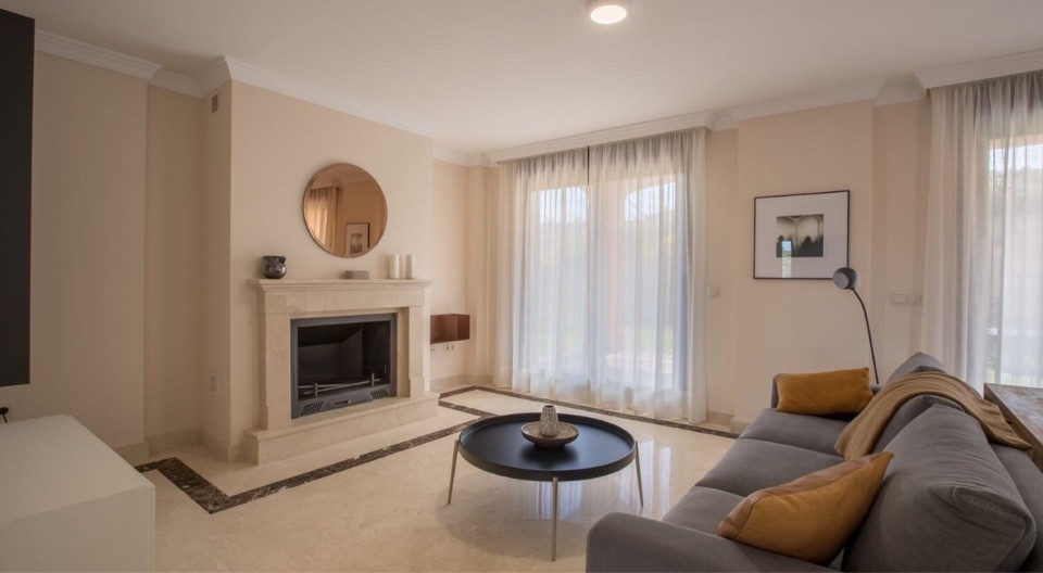 House in Estepona R3432706 4