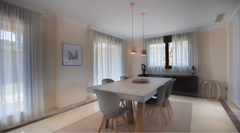 House in Estepona R3432706 5