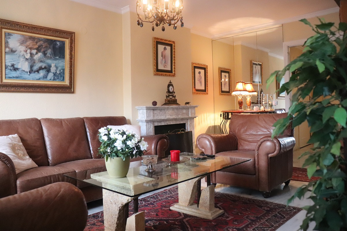 Middle Floor Apartment, Fuengirola, Costa del Sol. 2 Bedrooms, 2 Bathrooms, Built 99 m², Terrace 60 ,Spain