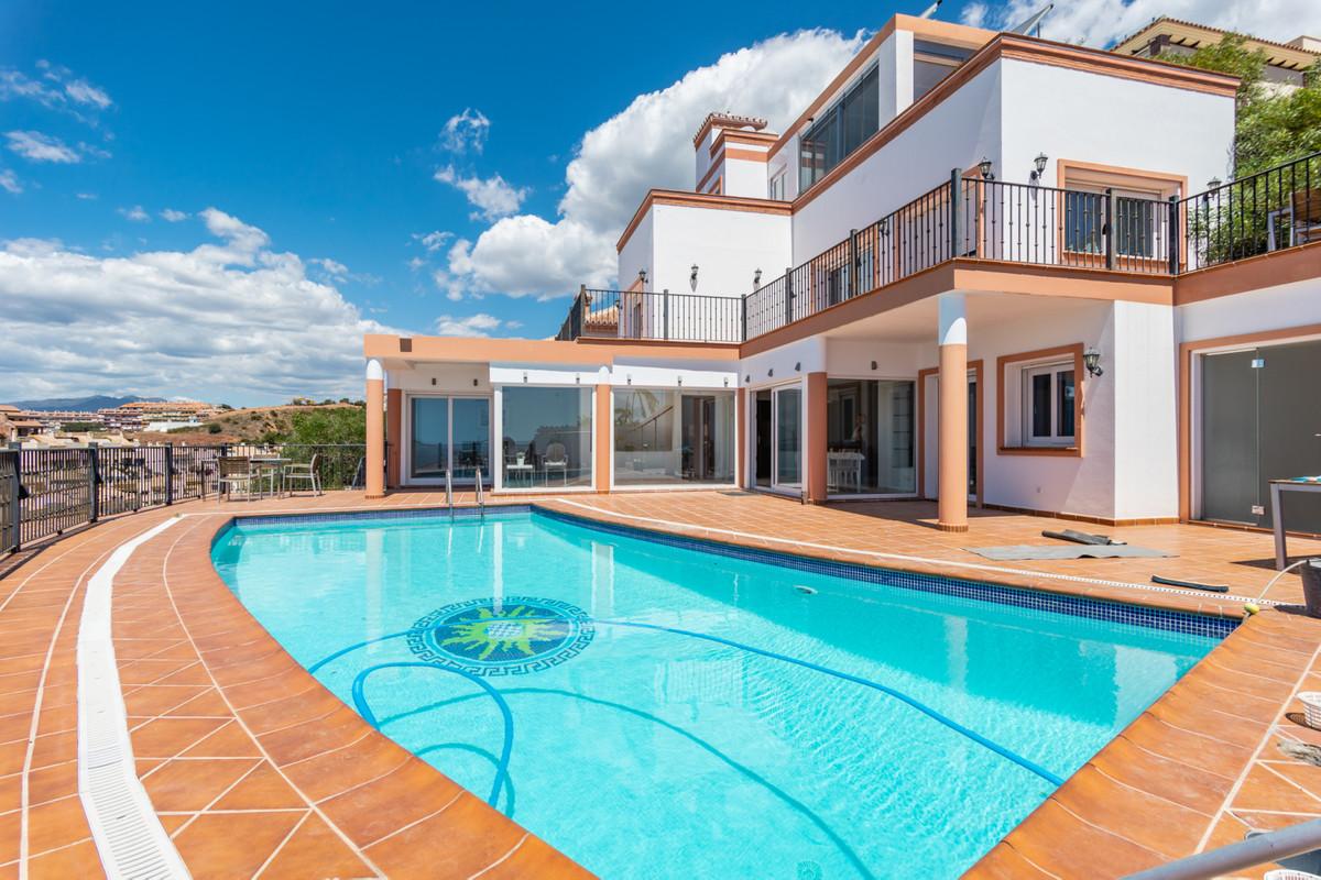 Villa 6 Dormitorios en Venta Torreblanca