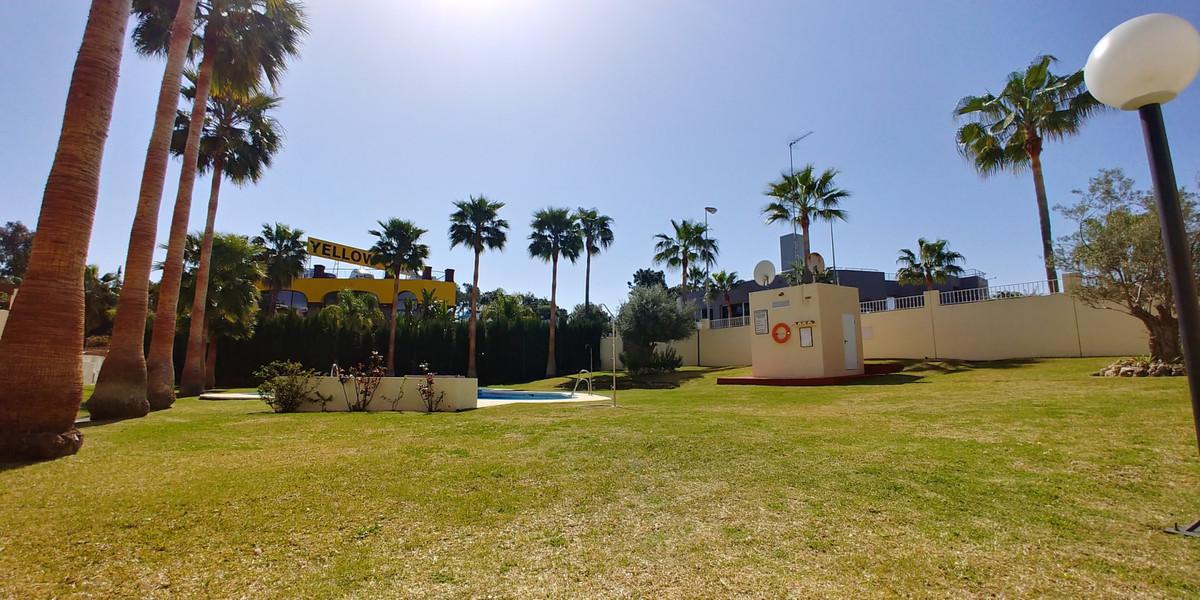 Maison Jumelée Mitoyenne à El Rosario, Costa del Sol