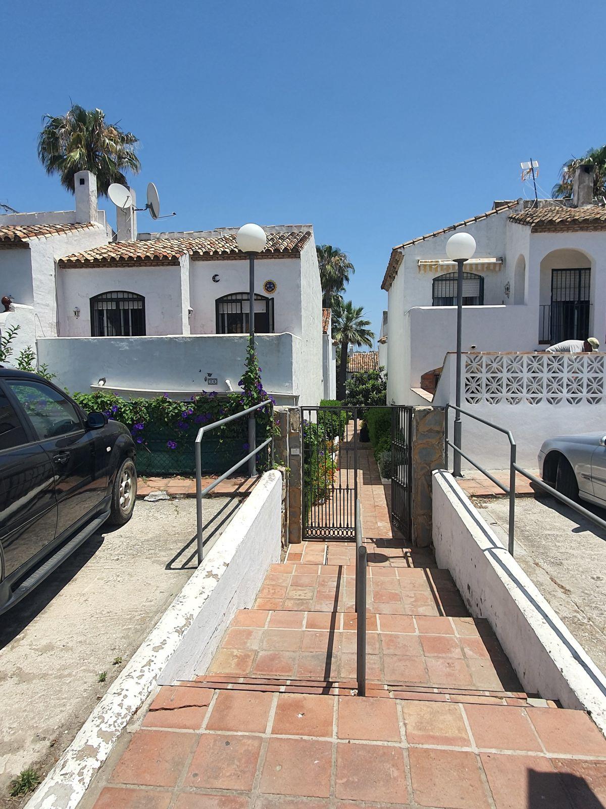 Villa, Pareada  en venta    en Bel Air