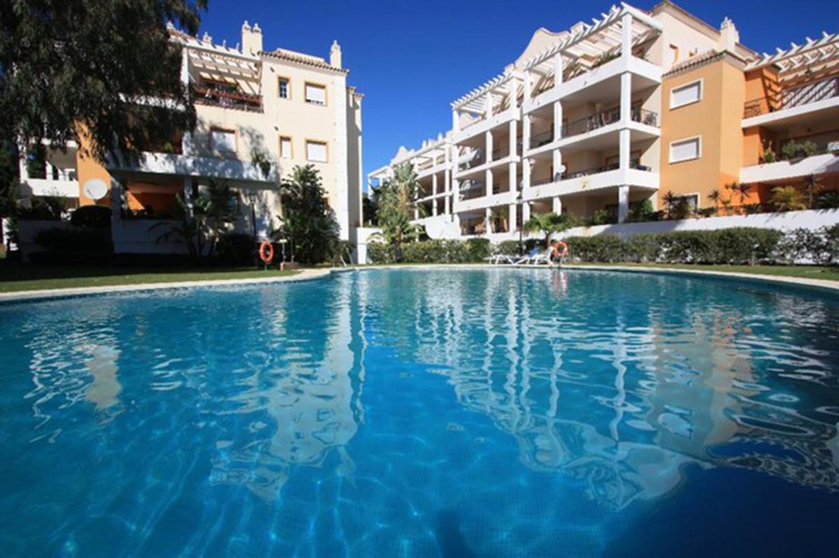 Ground Floor Apartment for sale in Málaga