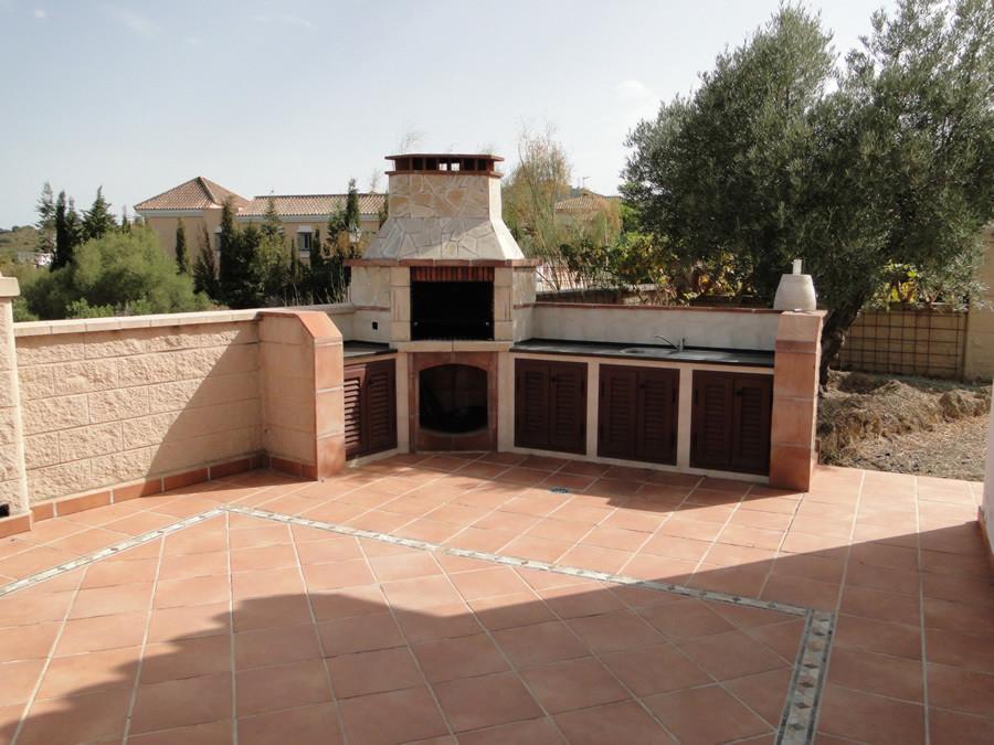 Villa for sale in Coin