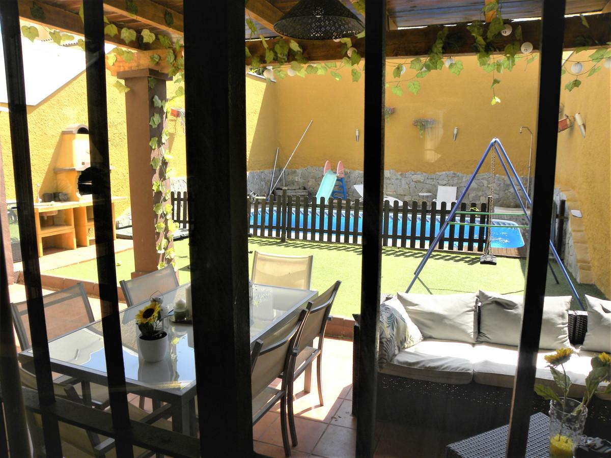 3 Bedroom Terraced Townhouse For Sale Málaga