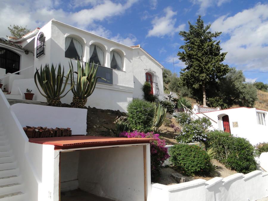 Ref:R2326919 House - Detached Villa For Sale in Coín