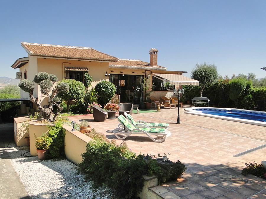 Ref:R2929019 House - Detached Villa For Sale in Coín