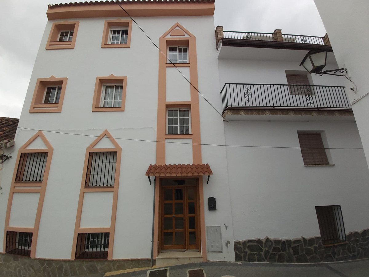 Apartamento  Planta Baja en venta   en Monda