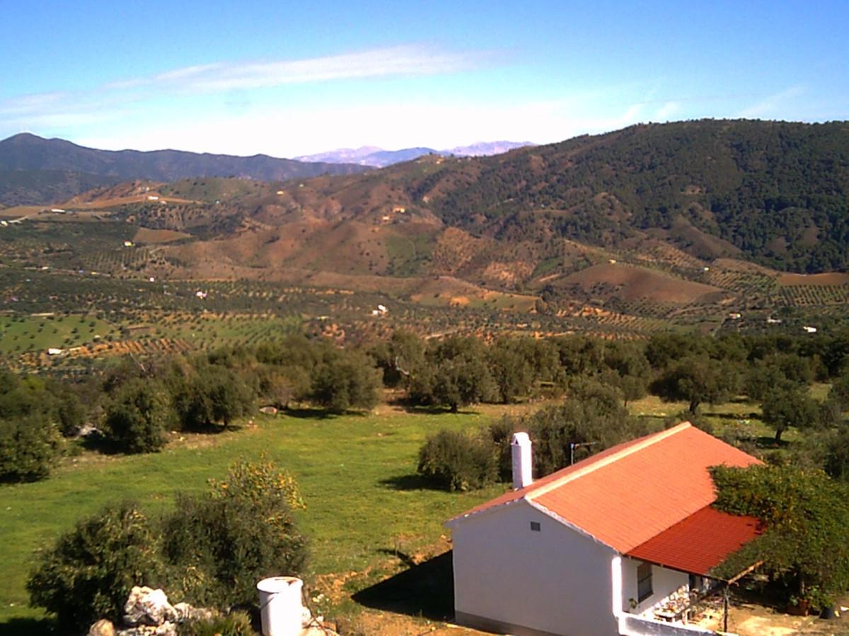R3370528: House - Finca - Cortijo in Casarabonela
