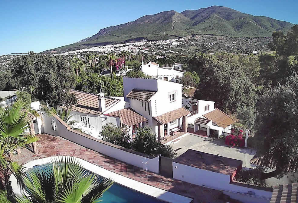 R3182092: House - Finca - Cortijo in Alhaurín el Grande