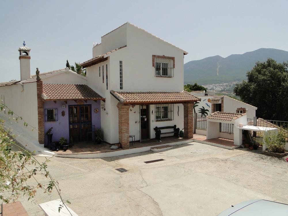 R3182092: Villa in Alhaurín el Grande