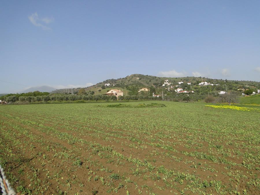 Ref:R2862185 Plot - Land For Sale in Coín