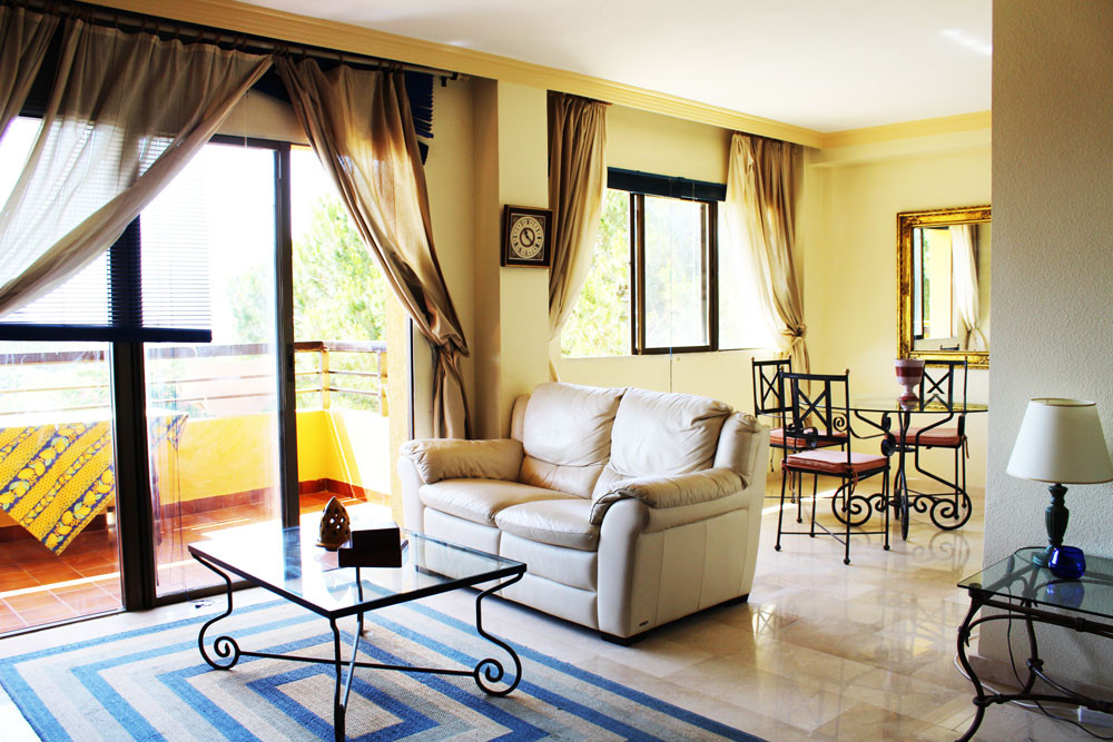 Middle Floor Apartment, Las Chapas, Costa del Sol. 2 Bedrooms, 1 Bathroom, Built 86 m², Terrace 10 m,Spain