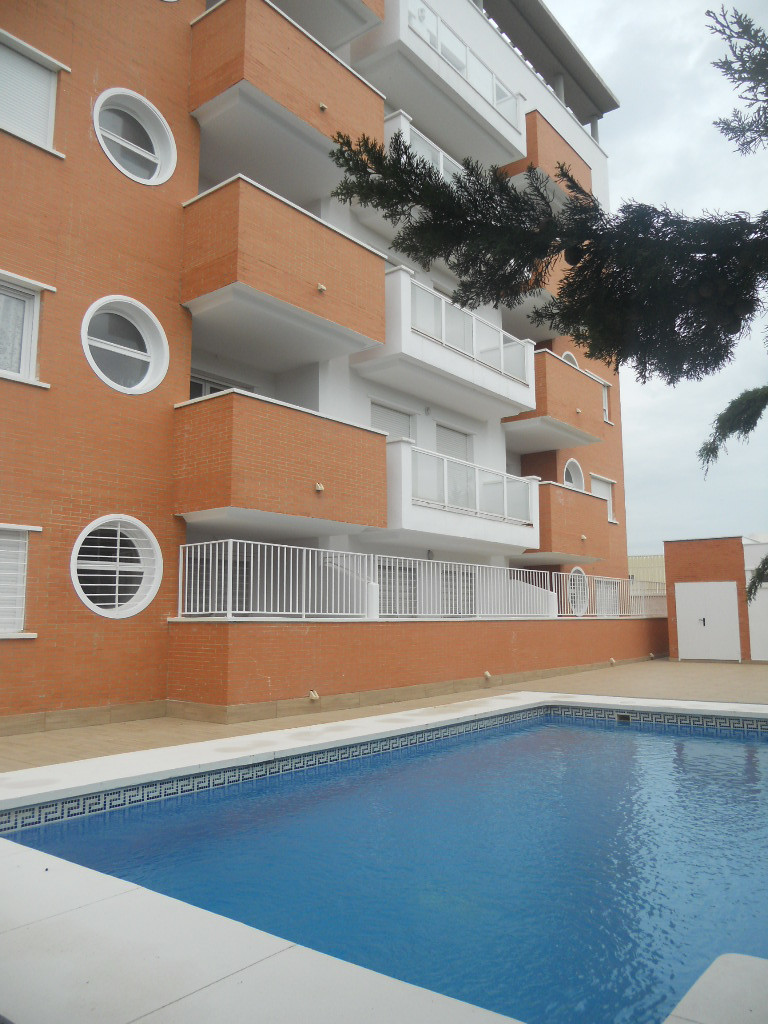 lBrand new apartment located in Las Lagunas de Mijas. Terrace. kitchen with new furniture, wardrobe,,Spain