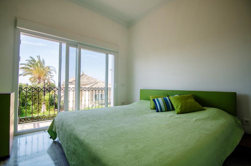 House in Bahía de Marbella R3700394 21
