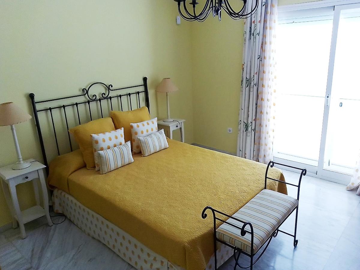 House in Bahía de Marbella R3810379 11
