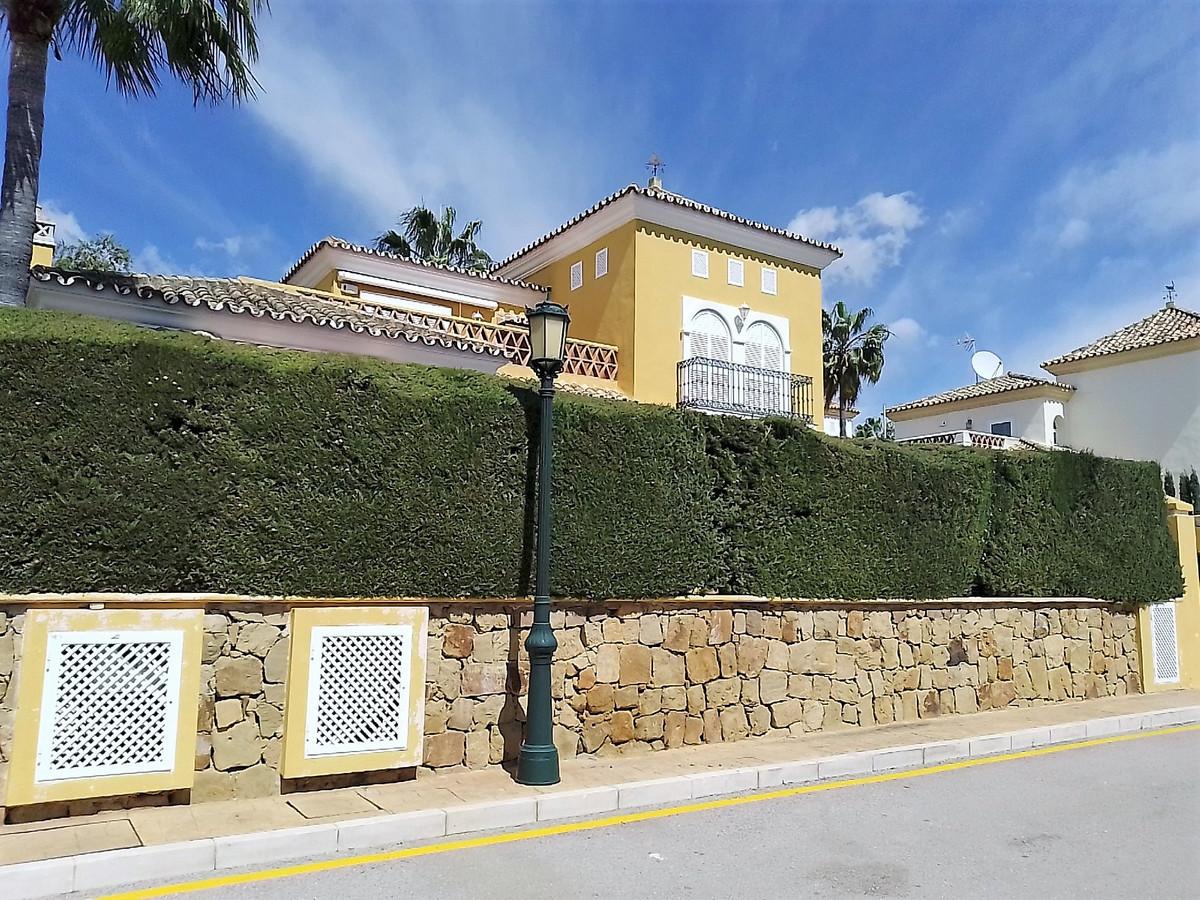 House in Bahía de Marbella R3810379 13