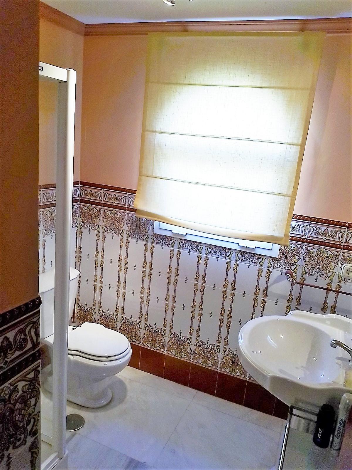 House in Bahía de Marbella R3810379 17
