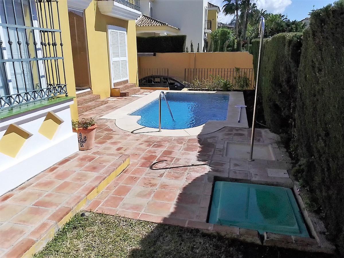 House in Bahía de Marbella R3810379 20