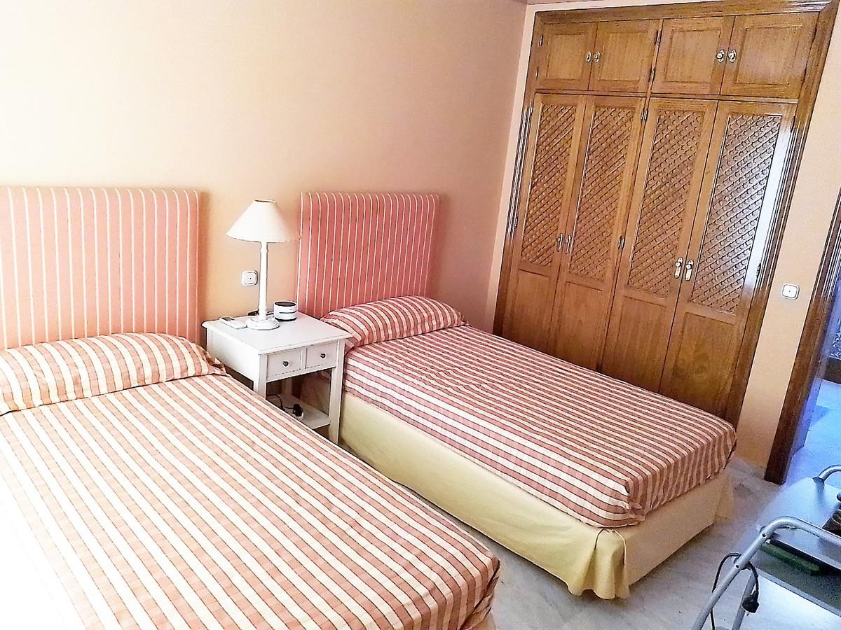 House in Bahía de Marbella R3810379 23