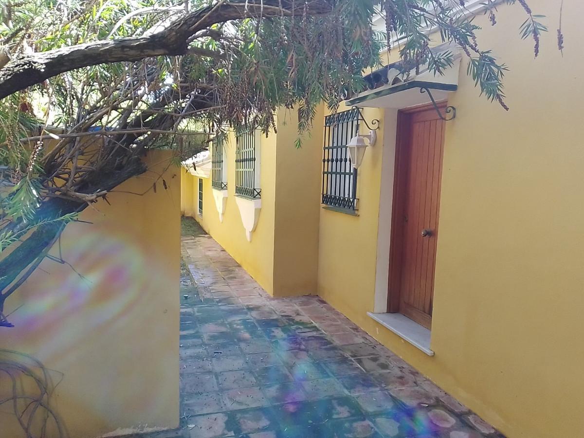 House in Bahía de Marbella R3810379 25