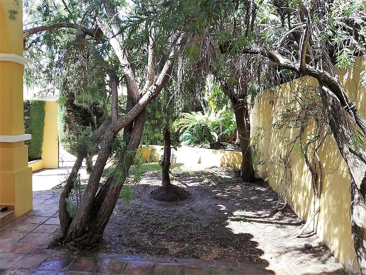 House in Bahía de Marbella R3810379 28