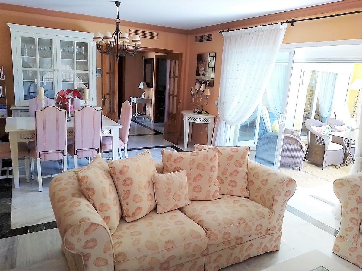 House in Bahía de Marbella R3810379 4