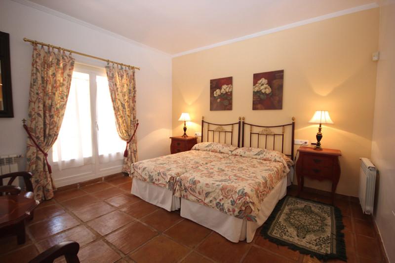 House in Bahía de Marbella R2207891 22