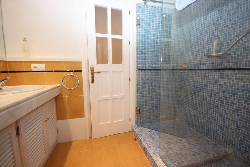 House in Bahía de Marbella R2207891 24
