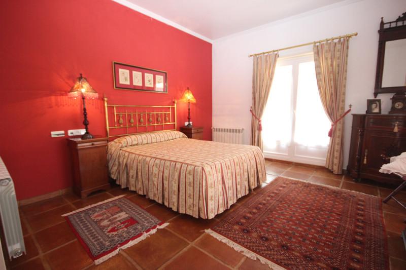 House in Bahía de Marbella R2207891 25