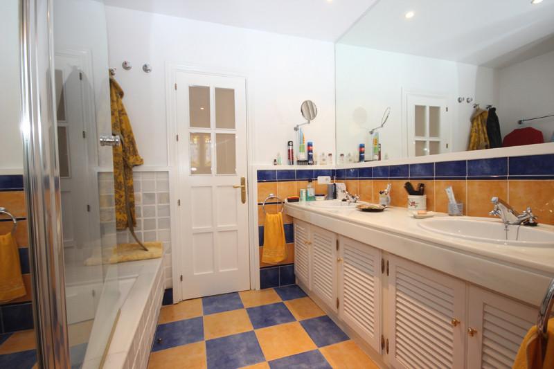 House in Bahía de Marbella R2207891 28