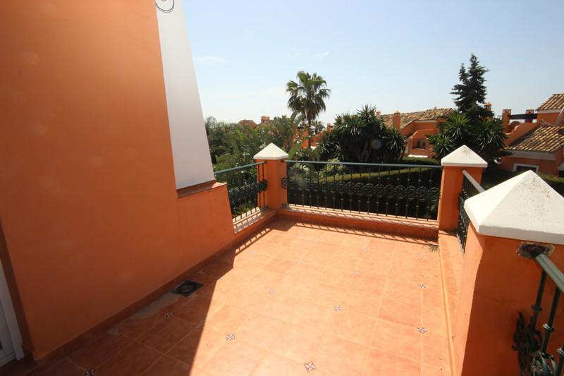 House in Bahía de Marbella R2207891 40