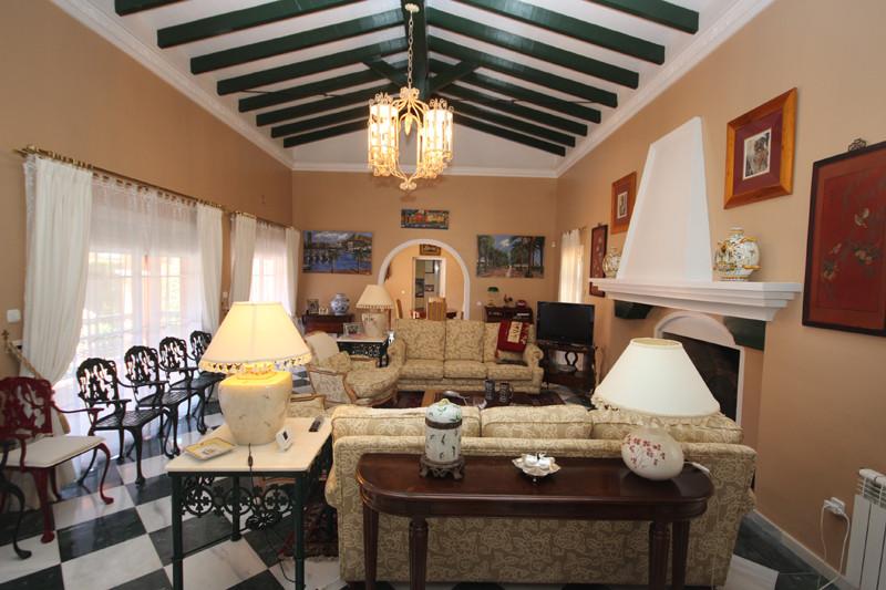 House in Bahía de Marbella R2207891 41