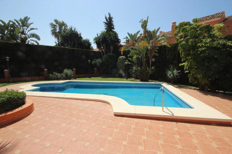 House in Bahía de Marbella R2207891 55