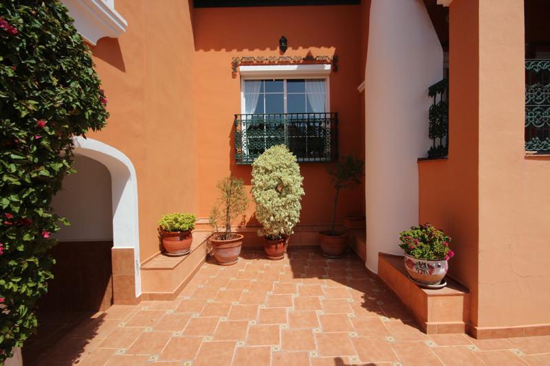 House in Bahía de Marbella R2207891 56