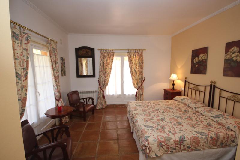 House in Bahía de Marbella R2207891 7