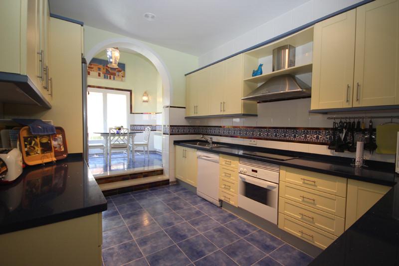 House in Bahía de Marbella R2207891 9
