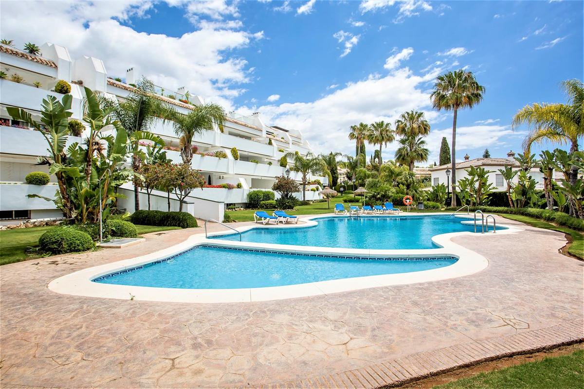 Apartamento 4 Dormitorios en Venta Bahía de Marbella