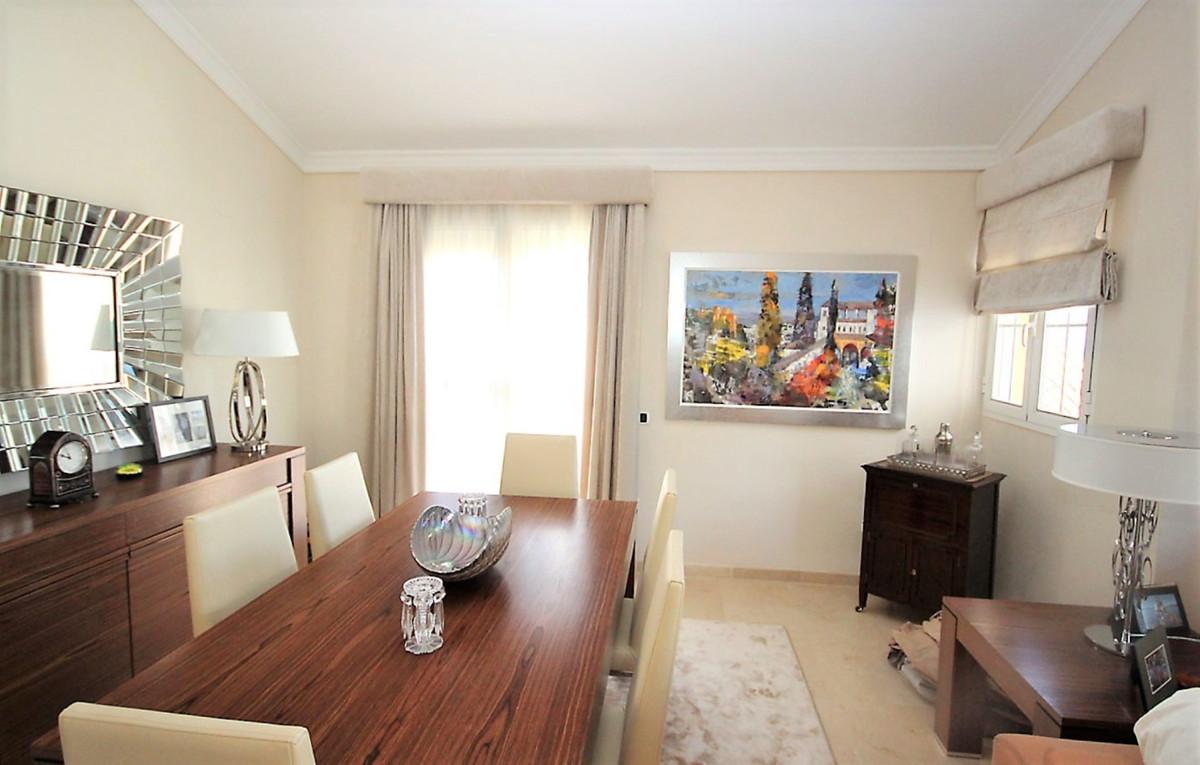 4 Bedroom Apartment for sale Bahía de Marbella