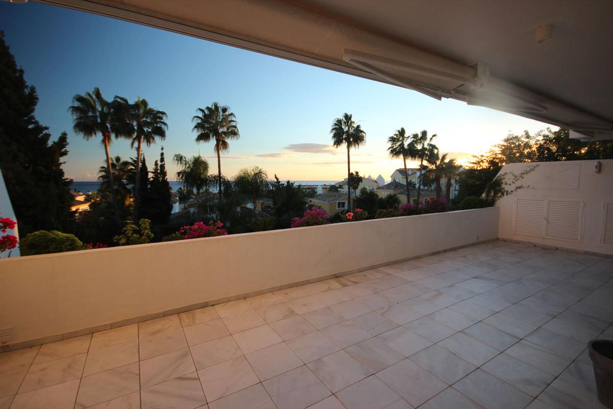 Apartment in Bahia de Marbella