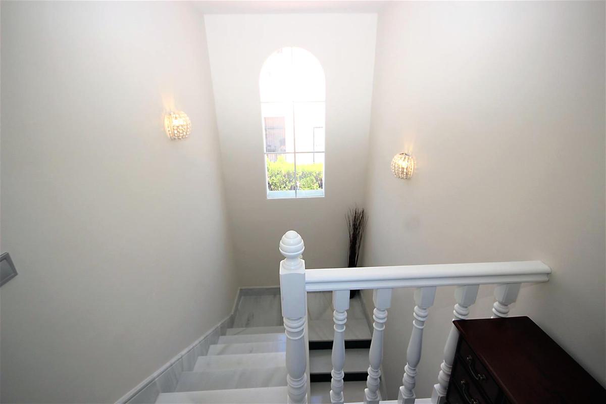 Villa con 3 Dormitorios en Venta Bahía de Marbella