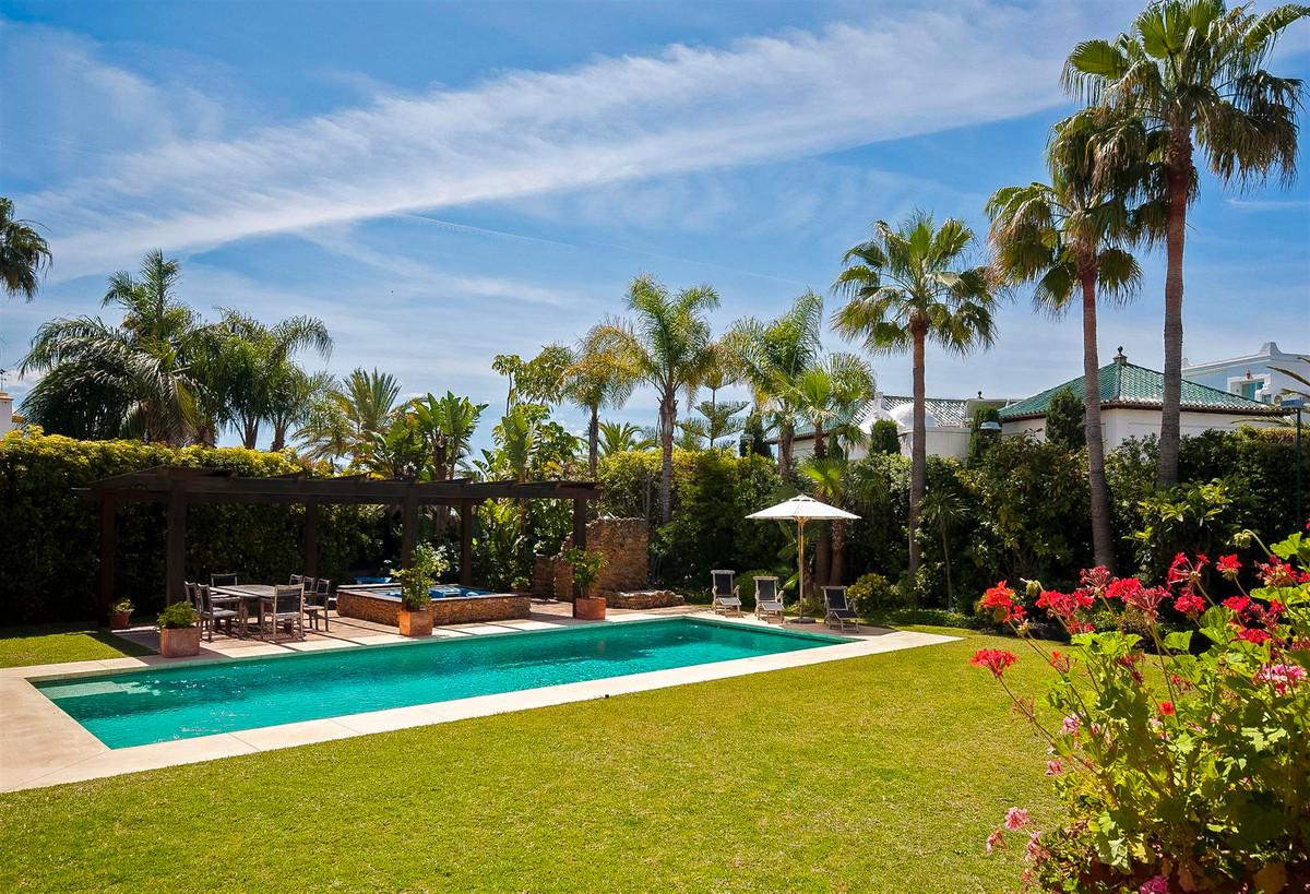 House en Bahía de Marbella R2419892 11