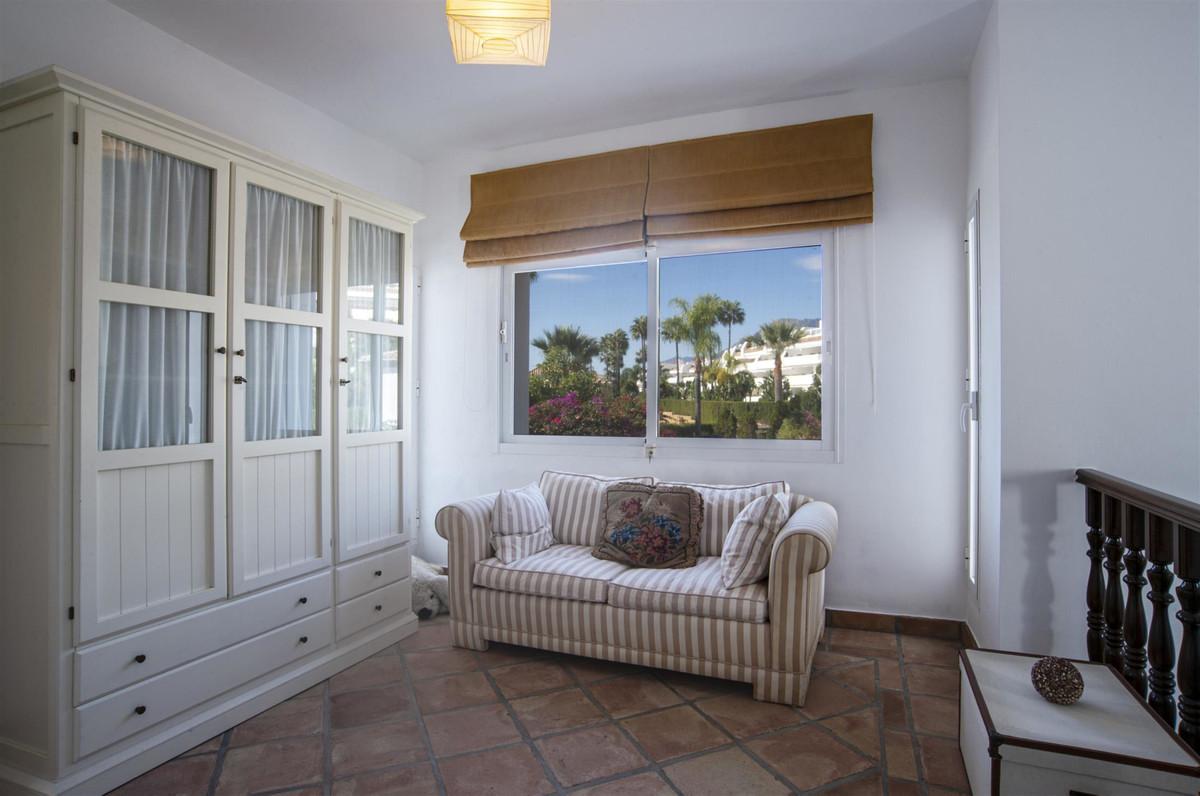 House en Bahía de Marbella R2419892 18