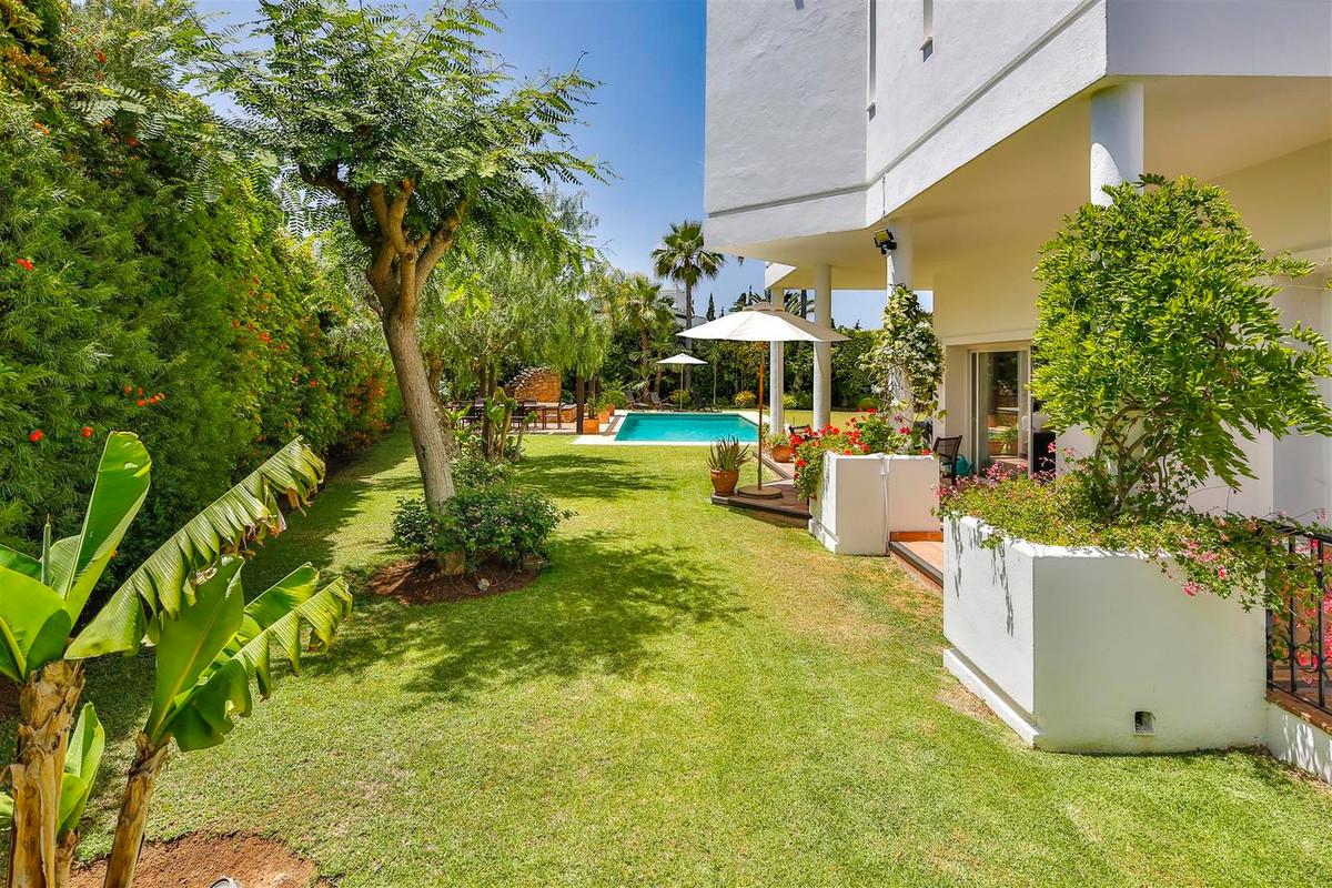 House en Bahía de Marbella R2419892 19