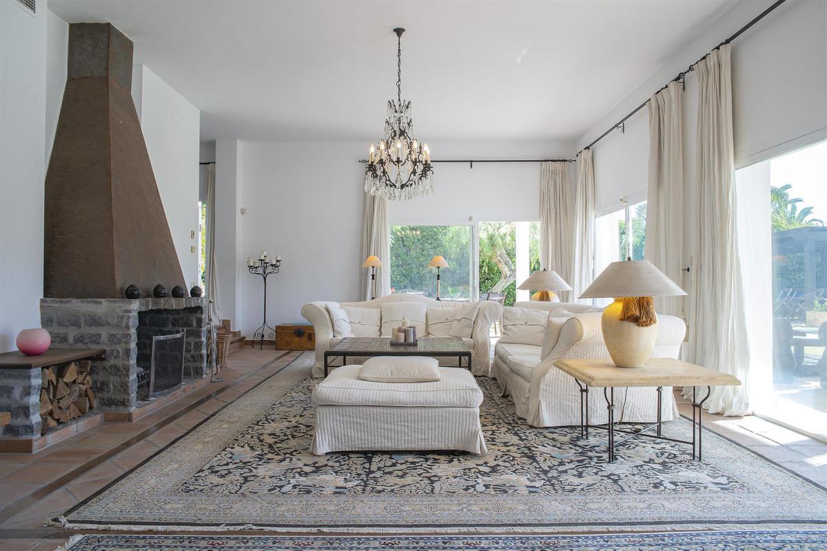 House en Bahía de Marbella R2419892 2