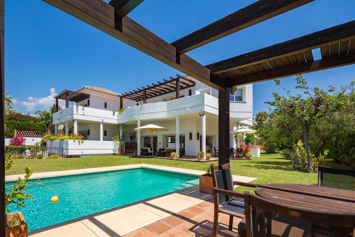 House en Bahía de Marbella R2419892 22