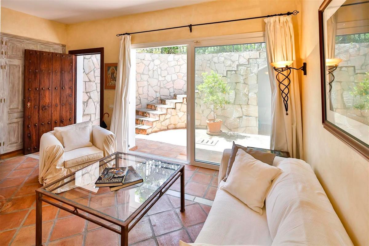 House en Bahía de Marbella R2419892 26