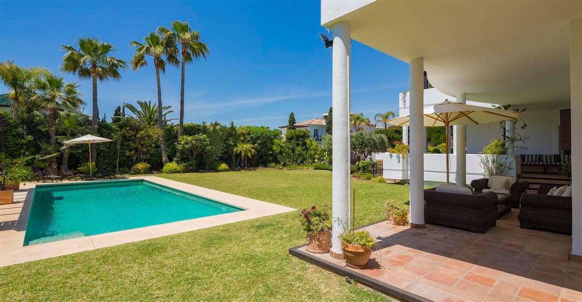 House en Bahía de Marbella R2419892 27