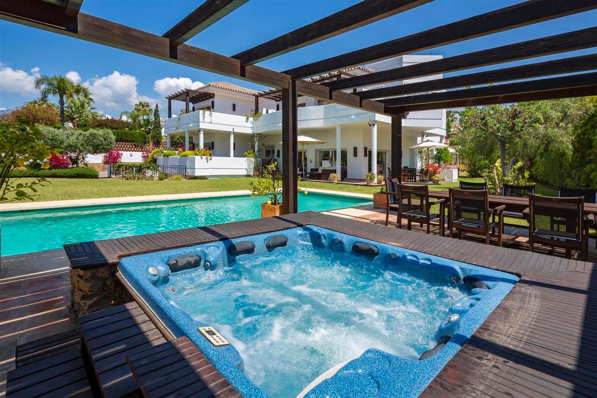 House en Bahía de Marbella R2419892 29