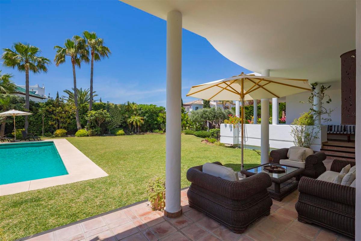 House en Bahía de Marbella R2419892 35